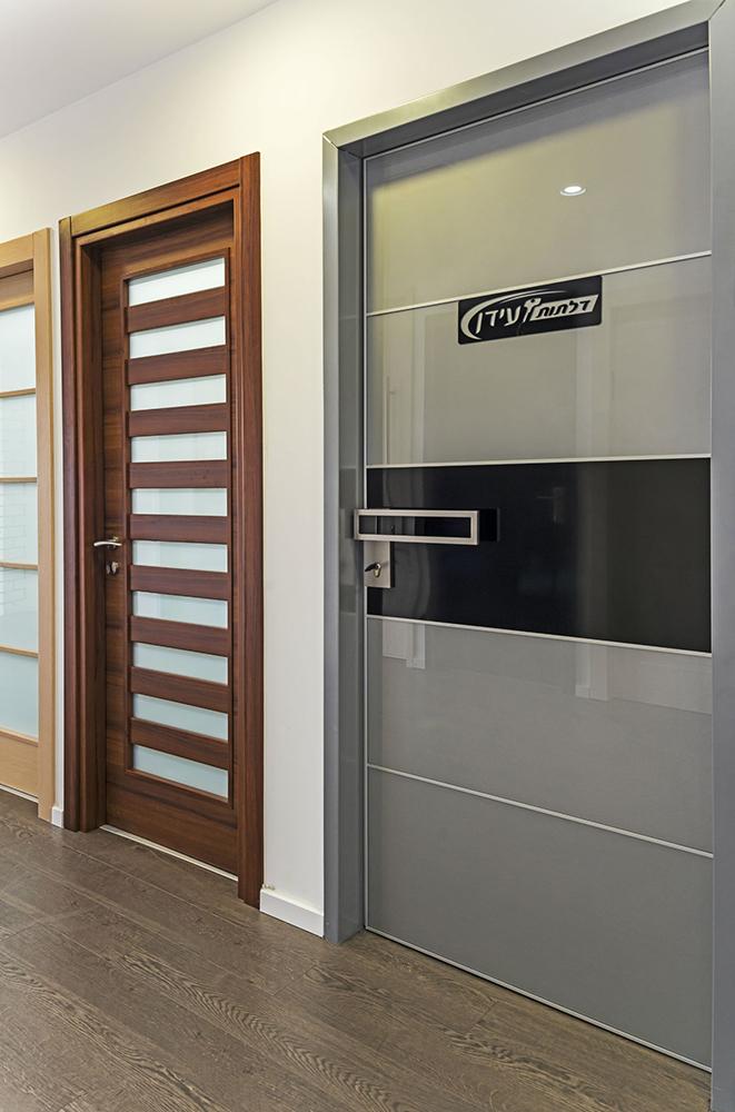 עידן דלתות - IDAN DOORS - פרויקט אולם תצוגה - דלות מעוצבות
