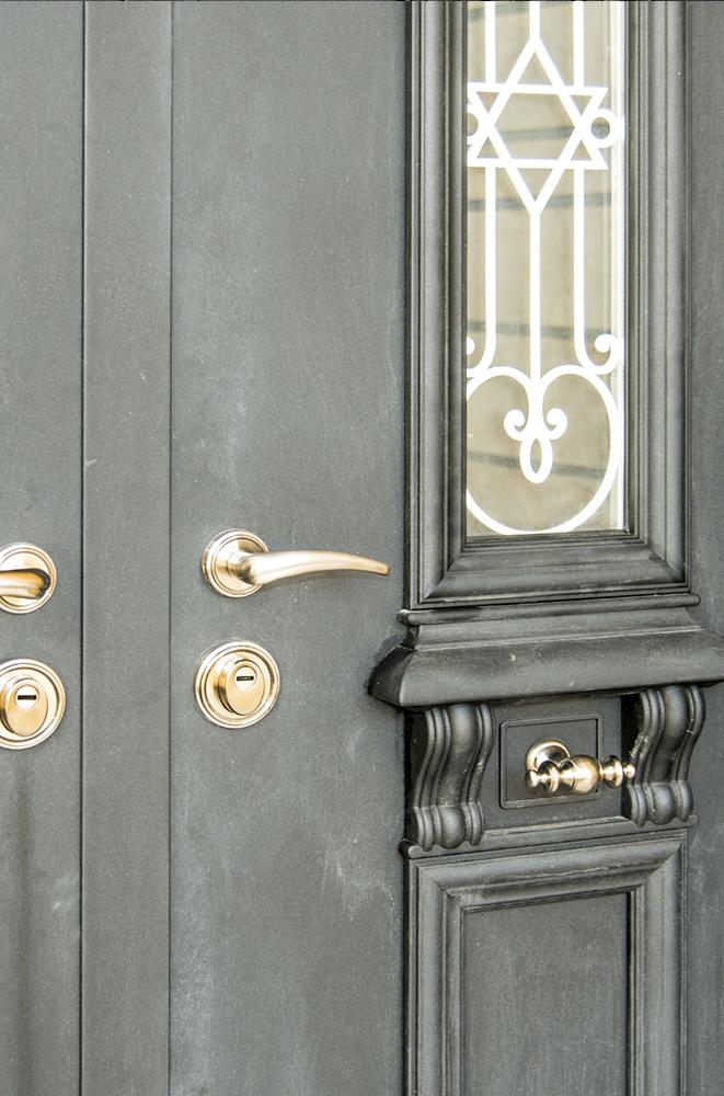 """עידן דלתות - IDAN DOORS - פרויקט בית כנסת """"עולי בבל"""""""