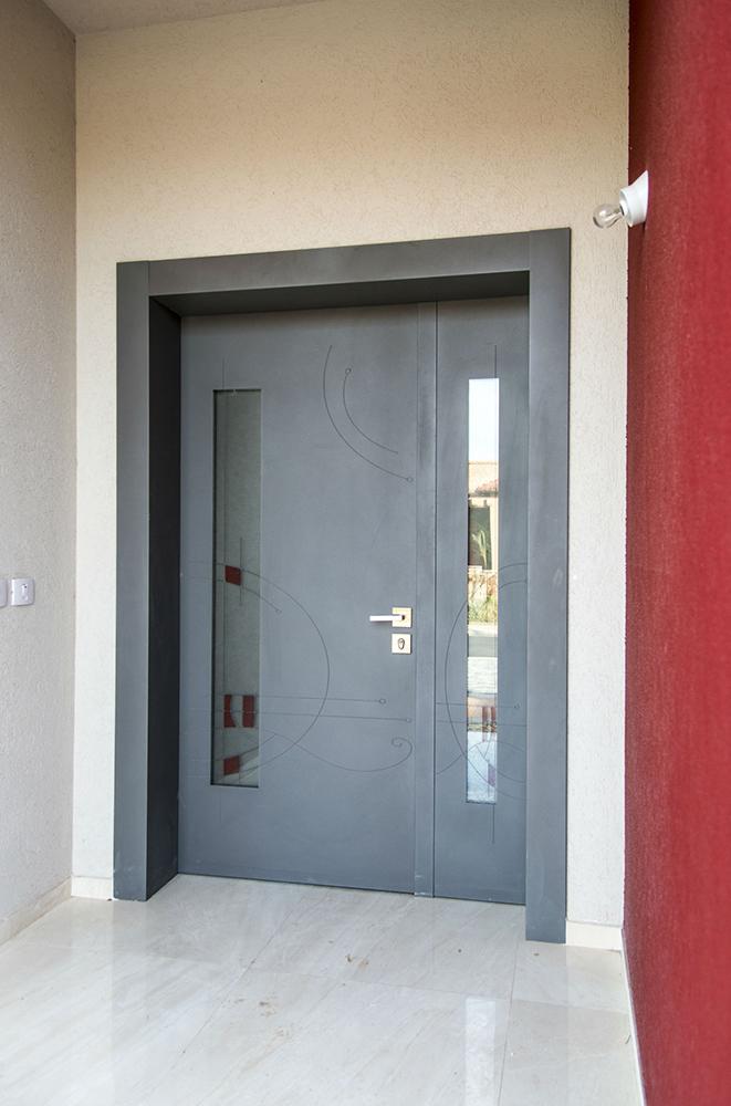 עידן דלתות - IDAN DOORS - פרויקט משפחת יצחקי - דלת כניסה