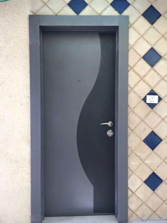 עידן דלתות | דלתות כניסה מעוצבות